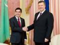 Янукович: Украина рассматривает участие в разработке газовых месторождений Туркменистана