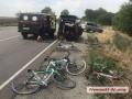 Под Николаевом авто сбило шестерых велосипедистов-учеников