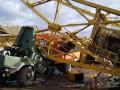 Возле Ивано-Франковска кран упал на грузовик, два человека погибли