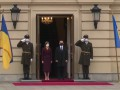 Президент Молдовы прибыла в Киев: Как Зеленский встретил Санду