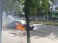 В центре Киева на ходу загорелся элитный Maserati