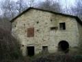 Целый город в Италии продают по цене элитной квартиры