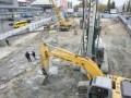 Попов пообещал восстановить сквер на месте строительства торгового центра на Лыбидской
