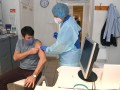 В Венгрии президент привился китайской вакциной