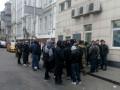 В Киеве под Печерским судом устроили драку