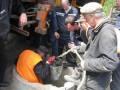 В Днепродзержинске готовится массовый митинг из-за провалившегося в канализацию ребенка