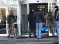 В спортклуб Петра Порошенко ворвались люди в масках с обыском