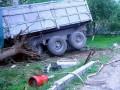 В Тернопольской области КамАЗ въехал в жилой дом