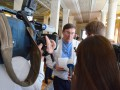 Луценко прибыл на допрос в НАБУ, адвокатов Януковича не пустили