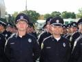 Работникам патрульной полиции повысили зарплаты и премировали за взятки