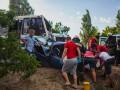 В Днепре легковушка разбилась вдребезги, столкнувшись с автобусом