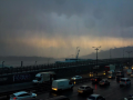 В Киеве прошел мощный ливень с грозами: улицы затоплены