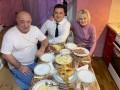 Зеленский показал фото с ужина у родителей