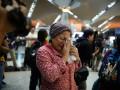 В столичный аэропорт Малайзии съезжаются родственники пассажиров Боинга