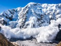 Угроза схода снежных лавин сохраняется в трех областях