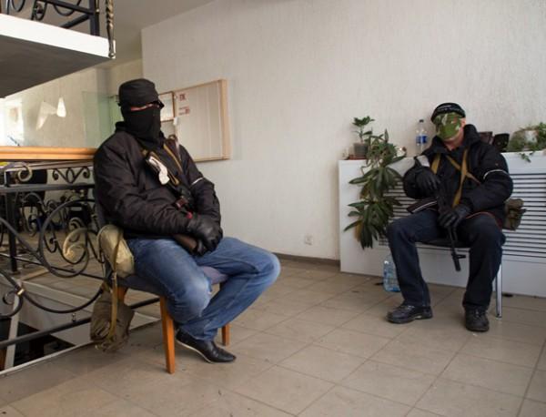 Только миротворческий контингент России способен поддержать наши стремления, заявили активисты