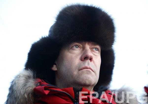 Медведев назвал чушью фильм Навального о себе