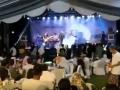 В Индонезии цунами смыло музыкантов прямо со сцены