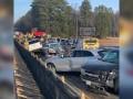 В США в масштабной аварии столкнулись 40 авто