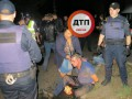 В Киеве пьяные мужчины напали на полицейских