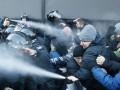 Во время протестов под Радой полиция избила журналиста