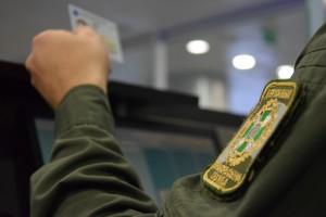 В Борисполе иранец порвал свой паспорт и прикинулся испанцем