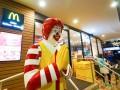 Макдональдс отказывается от пластиковых трубочек