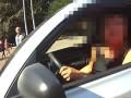 Во Львове агрессивная автоледи наехала на патрульного