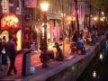 В квартале Красных фонарей туристов заставят поворачиваться спиной к витринам