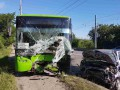 В Харьковской области легковушка влетела в троллейбус, есть жертва и пострадавшие