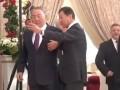 Назарбаев на саммите СНГ отказал в селфи миллиардеру