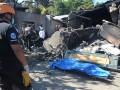 На Филиппинах самолет упал на жилой дом