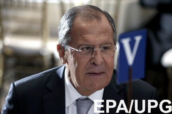 Лавров назвал попытки обвинить РФ вкибератаках «высосанными изпальца»