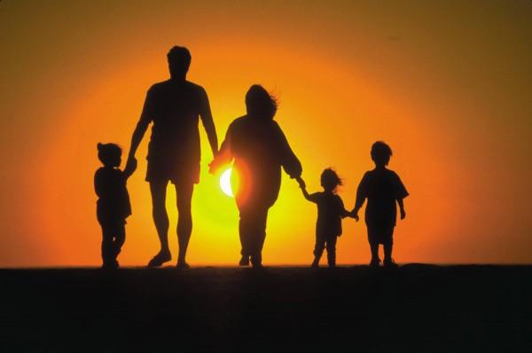 12 трогательных историй о семье