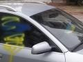 В Сумах из-за украинских флажков повредили два авто