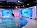 Голая женщина в прямом эфире напала на телеведущую