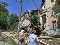 Взрыв дома в Киеве: часть жильцов отказались от временного жилья