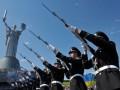 Порошенко установил новый майский праздник - День памяти и примирения