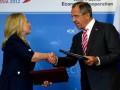 Лавров и Клинтон подписали ряд документов во Владивостоке