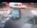Во Львове авто скорой помощи сбило женщину с ребенком