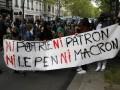 В Париже полиция применила газ к противникам Ле Пен и Макрона