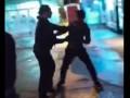 В Харькове молодой араб порезал девушку ножом