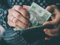 Зарплаты, война и коррупция: украинцы назвали главные проблемы страны