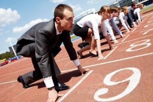 Рынок труда в Украине: Какова конкуренция и кому повысили зарплату