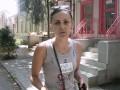 В Николаеве женщине из-за жалобы вылили на голову помои