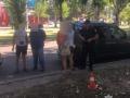 В Николаеве устроили стрельбу возле автобуса с детьми
