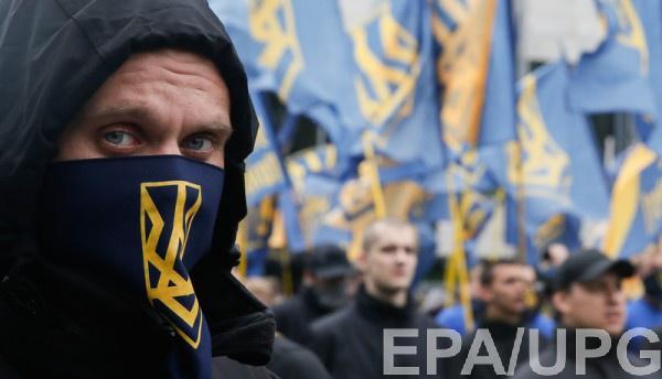 В Азове обвинили следствие в попытке дискредитировать полк