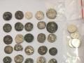 В аэропорту Запорожья задержали контрабанду монет и орденов