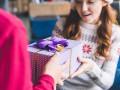 Как не стать жертвой мошенника при выборе новогоднего подарка