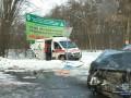 Под Винницей в ДТП столкнулись три авто и скорая